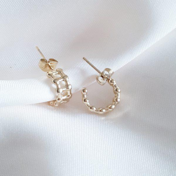 schakel oorbellen goud