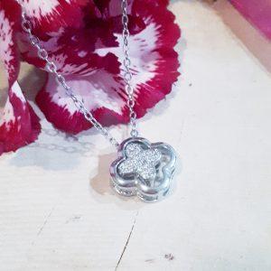clover strass necklace