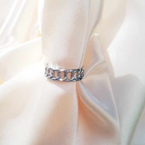 chain ring tiny silver