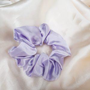 pastel lila scrunchie