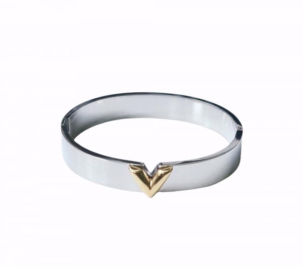 v bracelet silver
